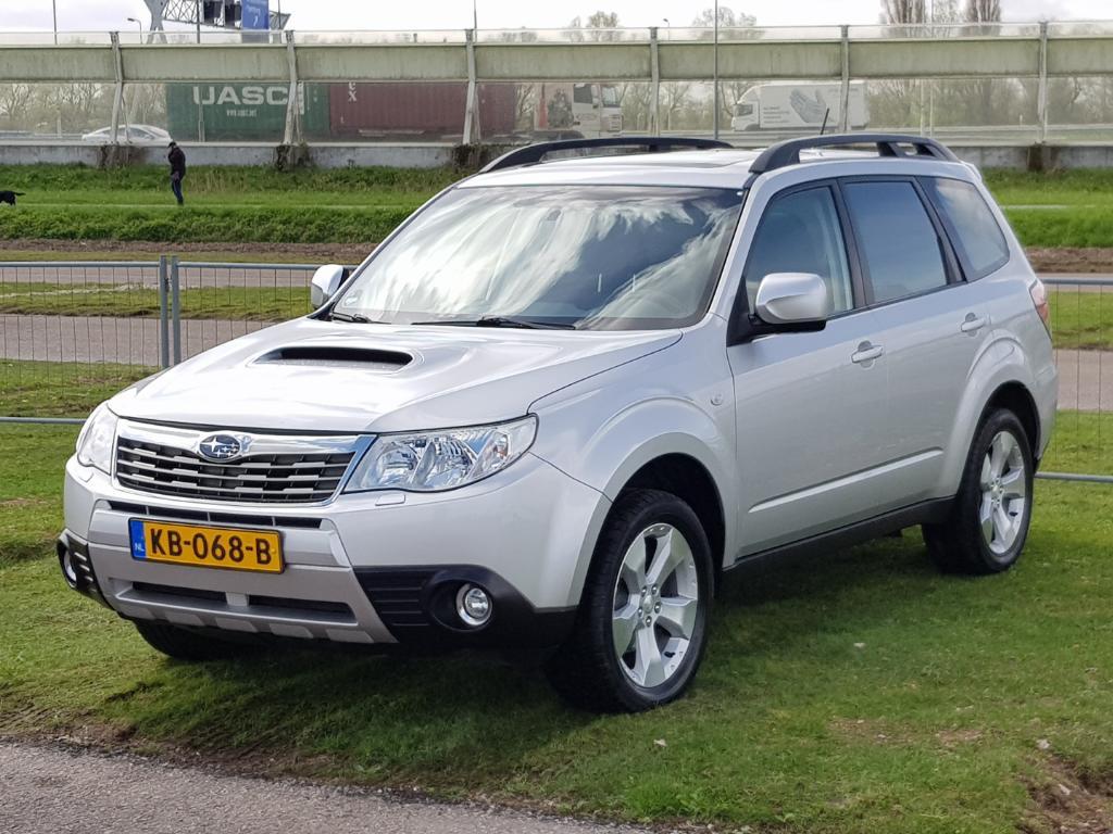 Subaru FORESTER  2.0 D XS Premium