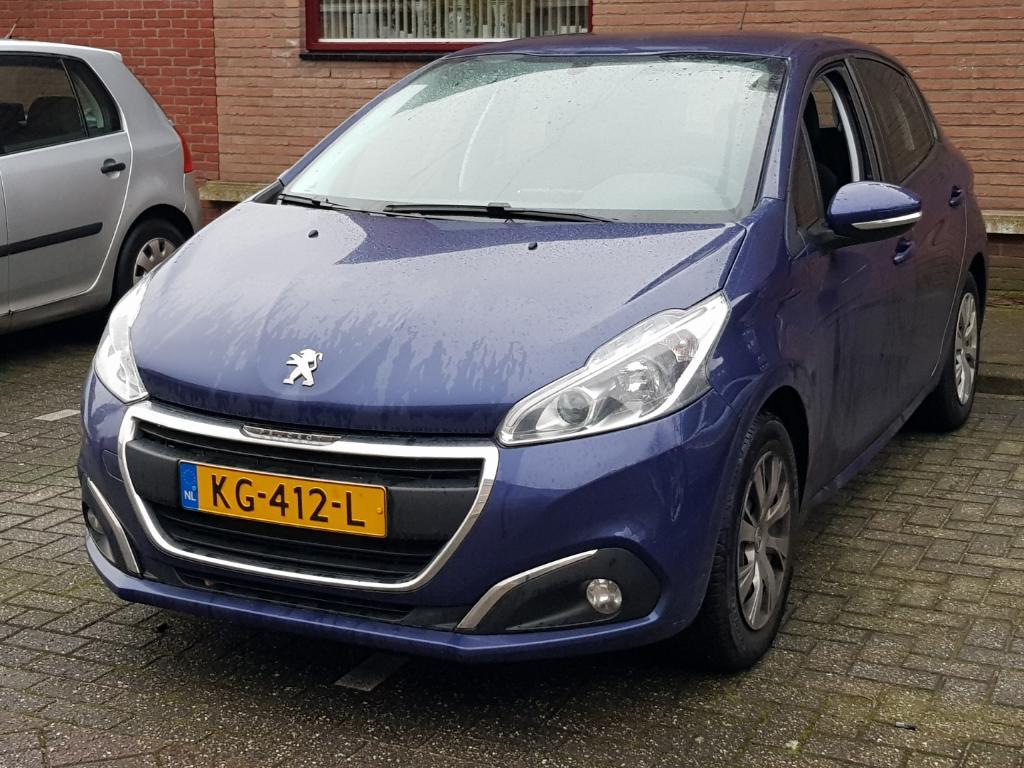 Peugeot 208 1.2 PureT. Blue Lion
