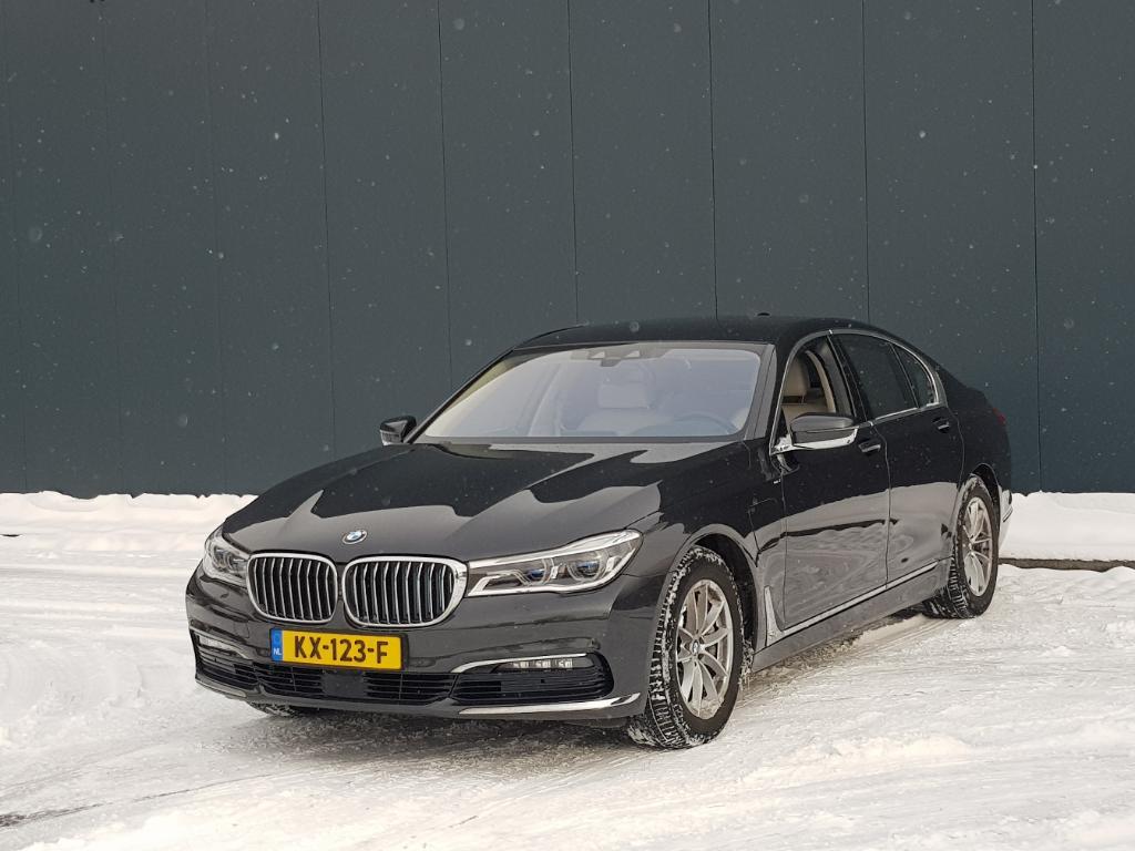 BMW 7-SERIE  740e iPerf High Exec