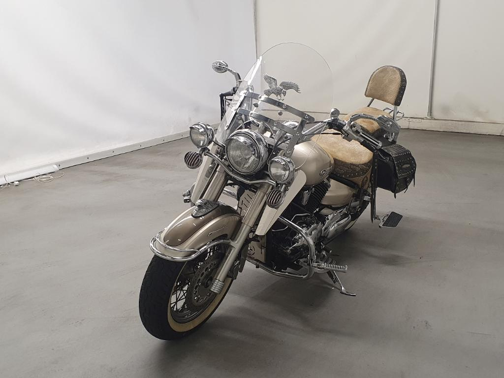 Yamaha Chopper XVS 1100 A Drag Star