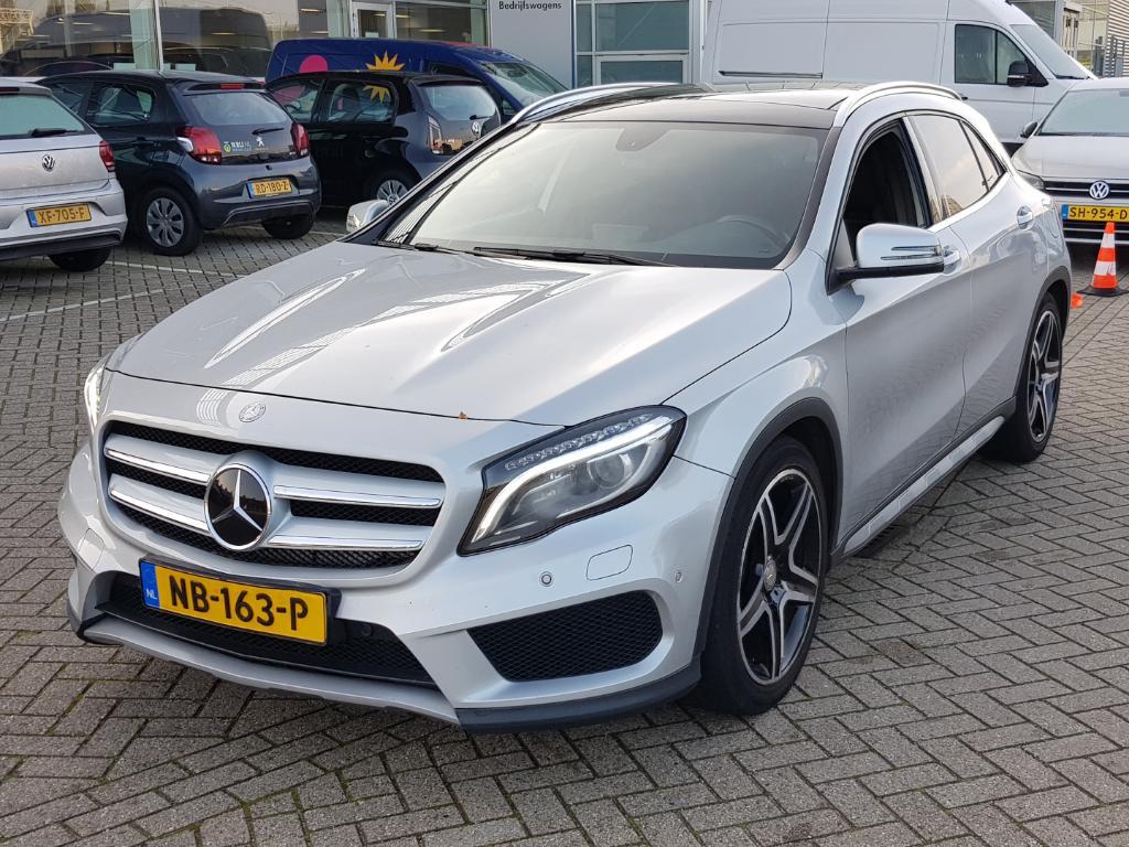 Mercedes-Benz GLA-Klasse 250 4Matic Edition 1