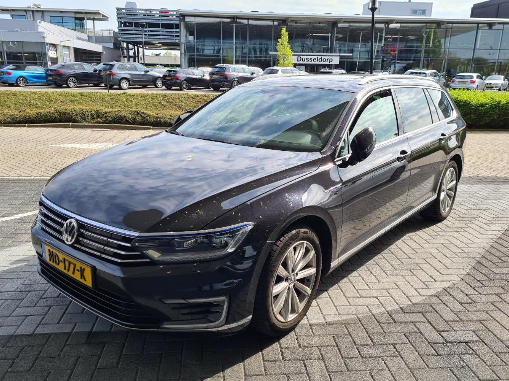 Volkswagen PASSAT VARIANT 1.4 TSI GTE Highline