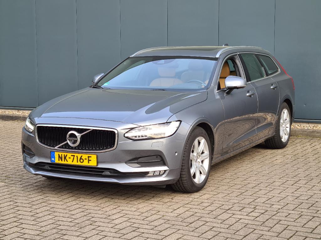 Volvo V90  2.0 D4 AWD Momentum