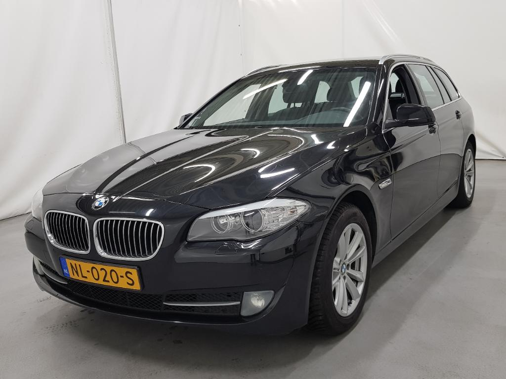 BMW 5-SERIE TOURING 520d