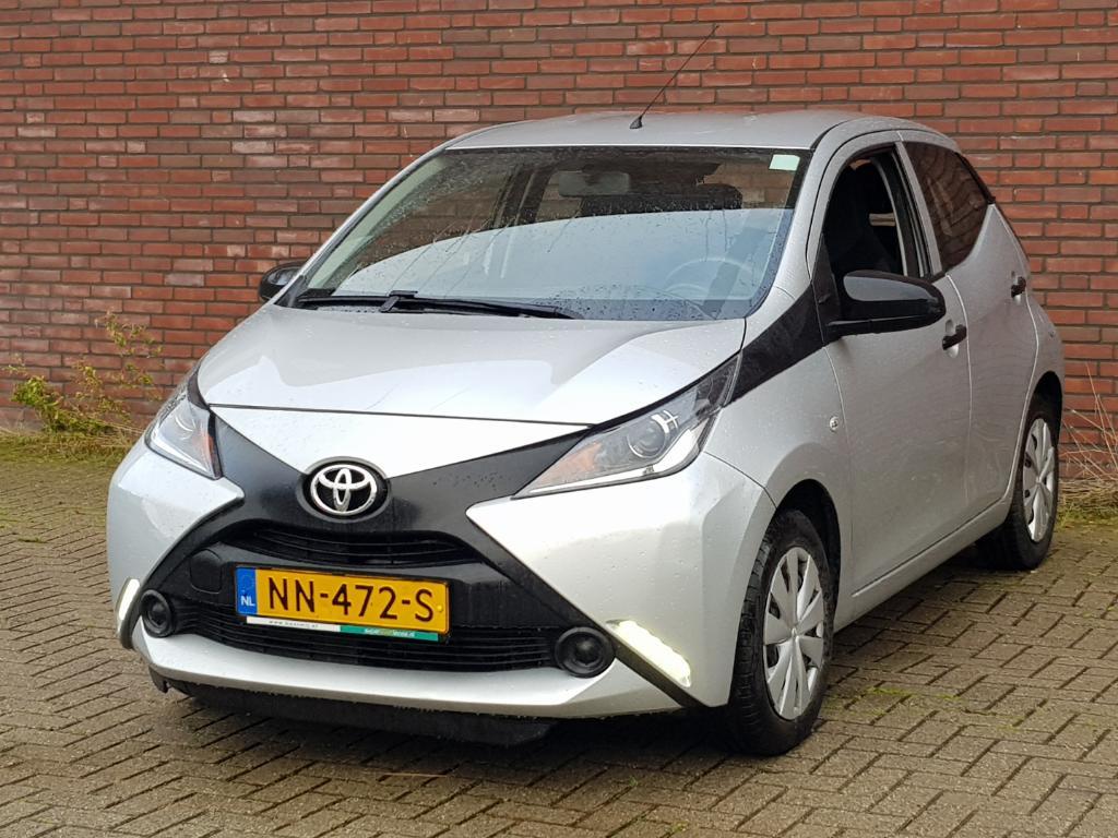 Toyota AYGO  1.0 VVT-i x-now