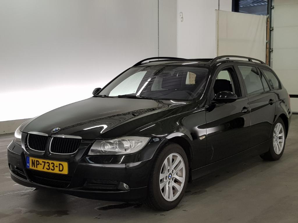 BMW 3-SERIE TOURING 318i