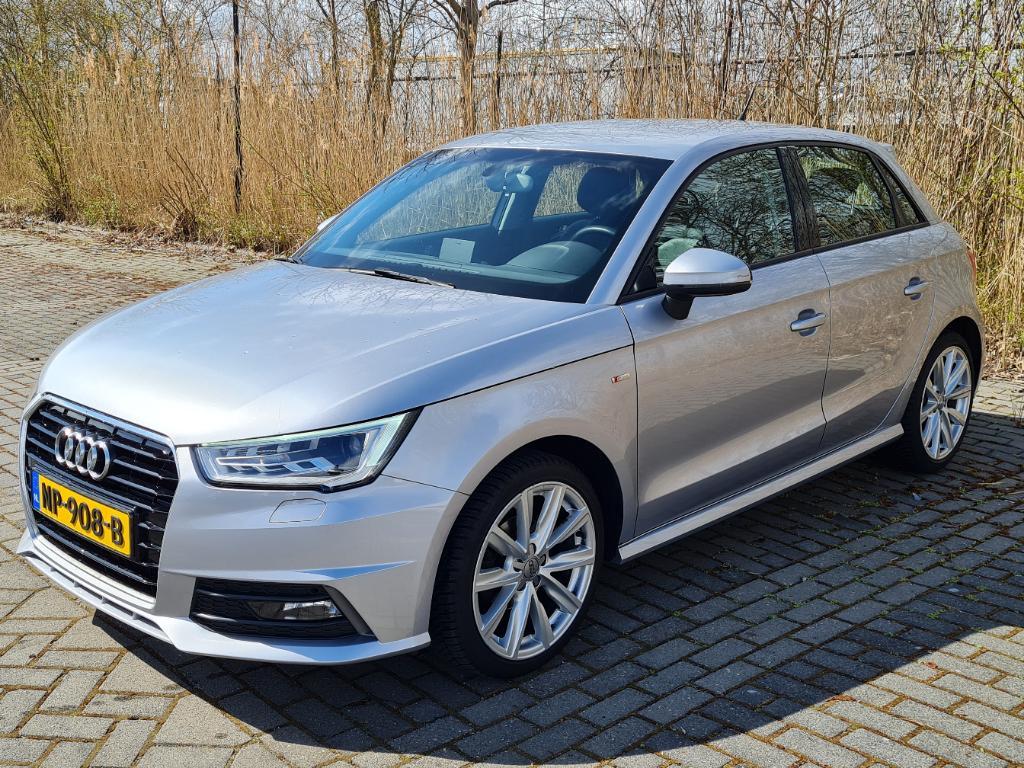 Audi A1 SPORTBACK 1.4 TDI Adrenalin