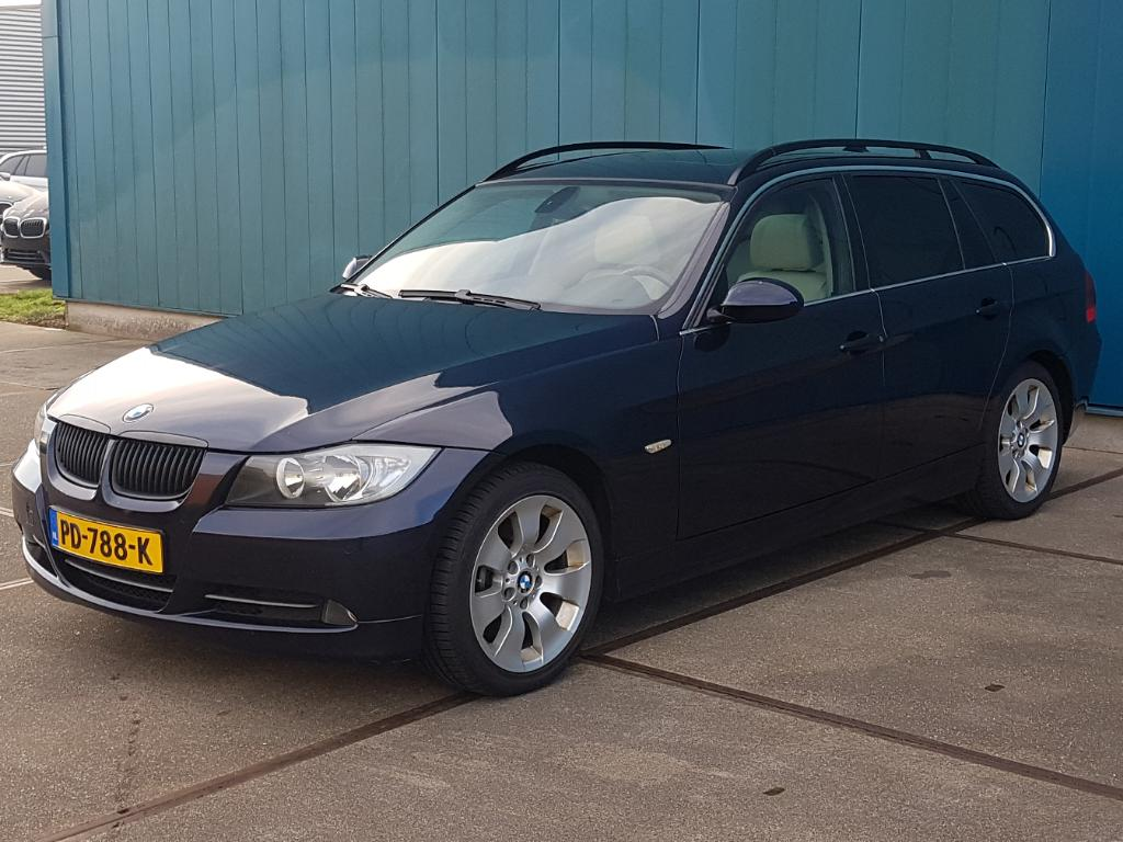 BMW 3-SERIE TOURING 330d Executive