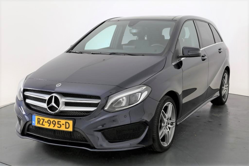 Mercedes-Benz B-KLASSE  180 Ambition AMG Styling Pan.schuifd Alarm