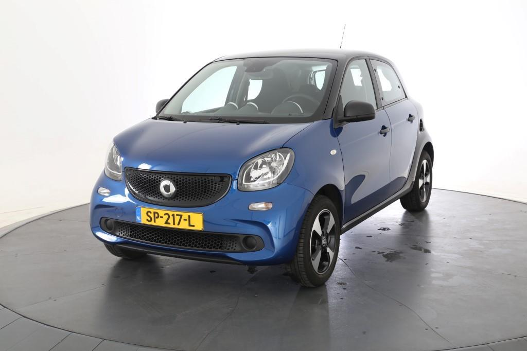 Smart FORFOUR  1.0 Bus. Sol. Pure Plus LM Cool and Audio Comfort