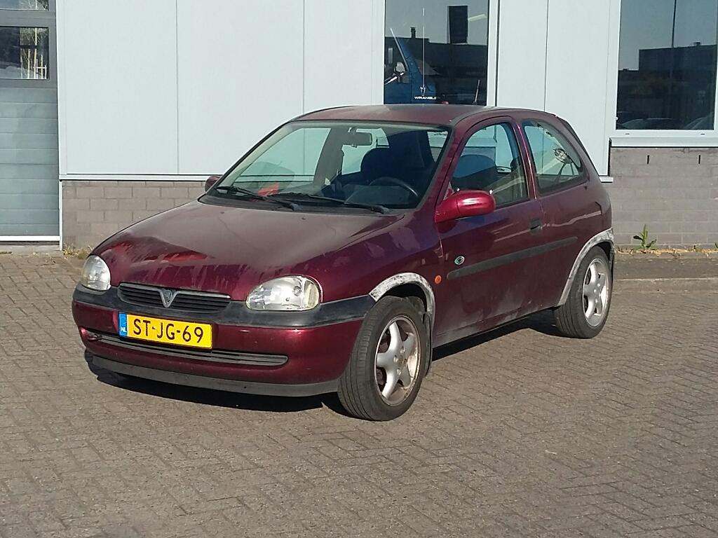 Opel CORSA  1.4i Swing
