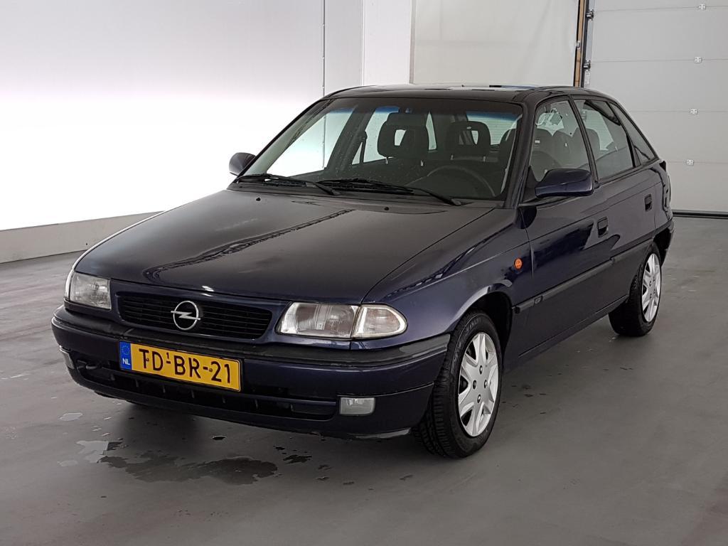 Opel ASTRA  1.6i Sport